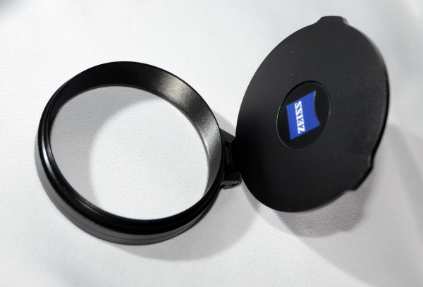 Zeiss Flip Up Cover 56mm