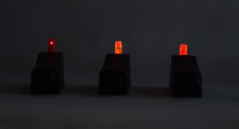 3-Leuchtko-rner-dunkle-nacht-x